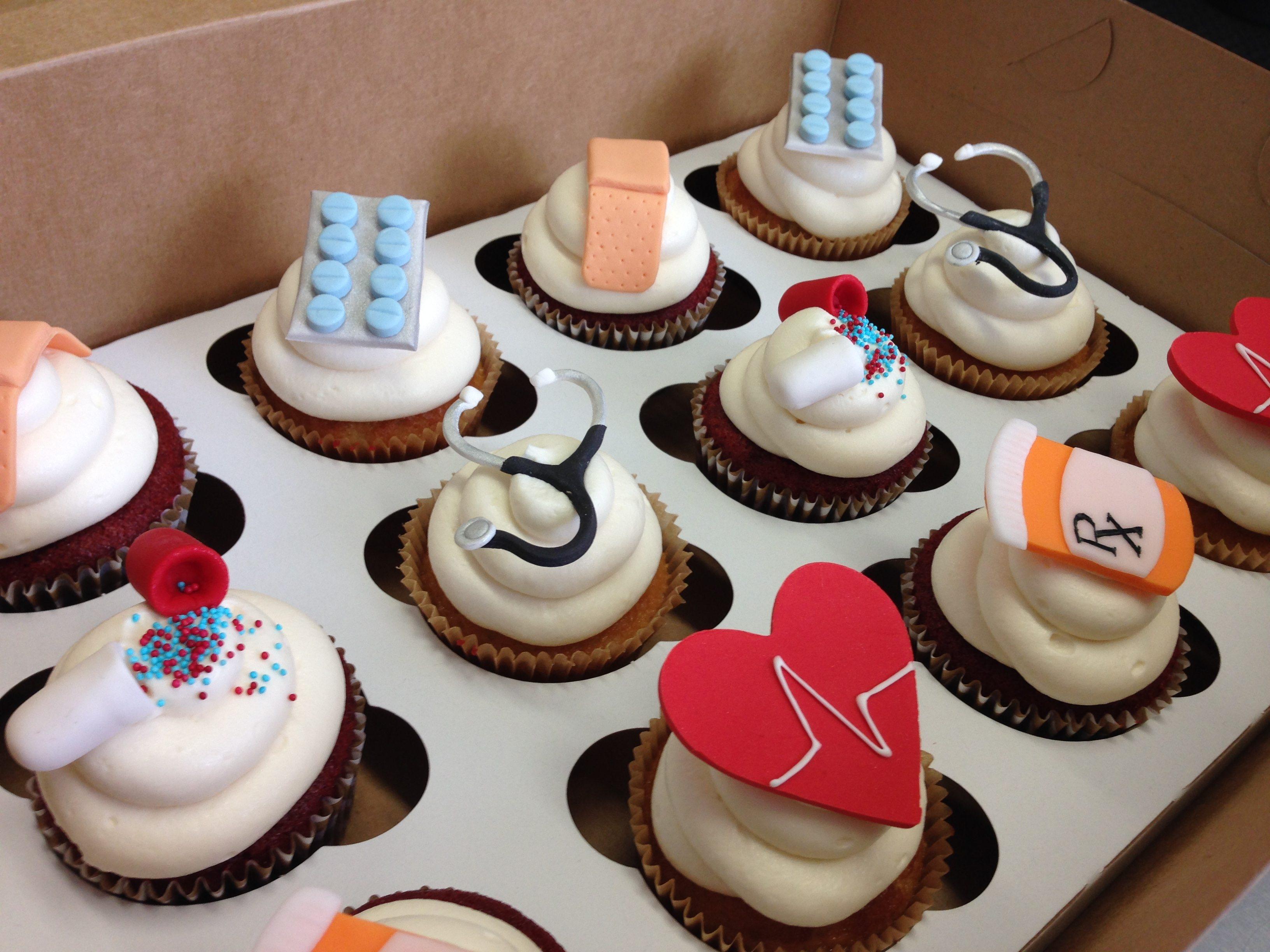 Custom Cakes And Cupcakes Cake Life